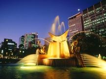 Victoria_Square_Fountain_Adelaide_Australia
